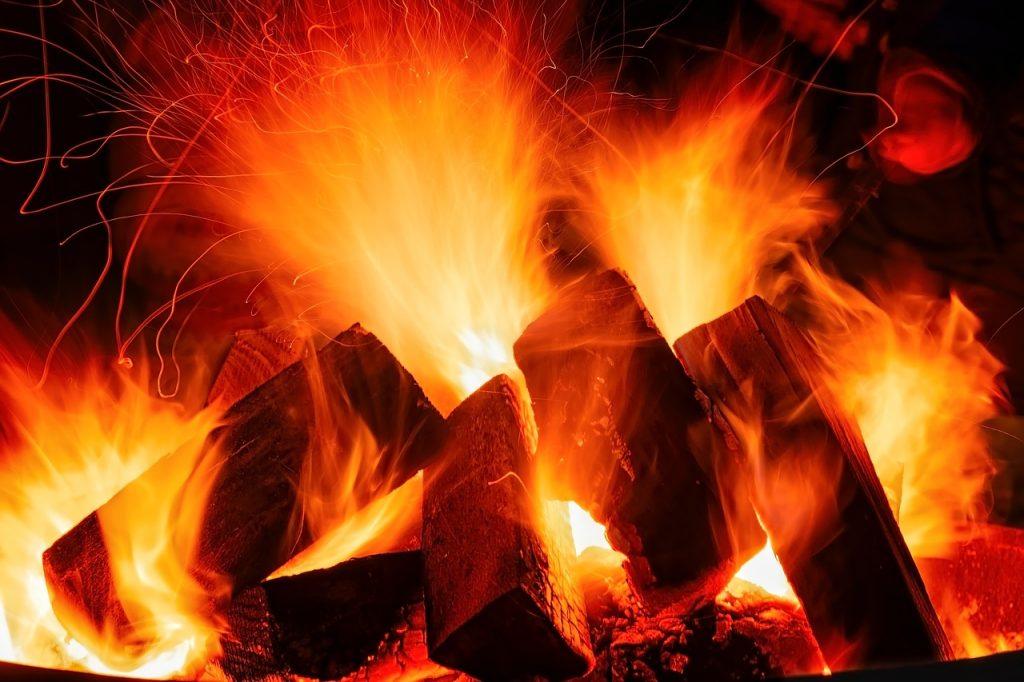 open-fire-3879031_1280